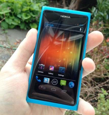 Android 4.0 на Nokia N9