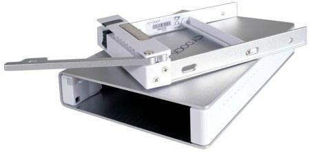 Корпуса для внешних накопителей Icy Dock MB559U3S-1S и MB559U3S-1SB оснащены интерфейсами USB 3.0 и eSATA