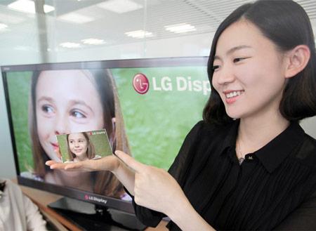 LG Display выпускает первый в мире пятидюймовый экран Full HD