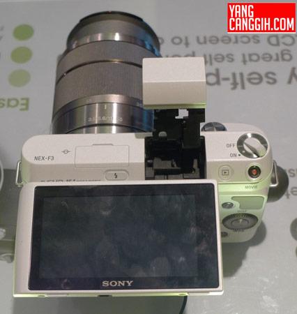 ������ ��������� ����� ������ Sony NEX-F3