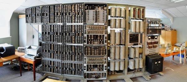 В британском музее снова заработал компьютер, которому в этом году исполнился 61 год