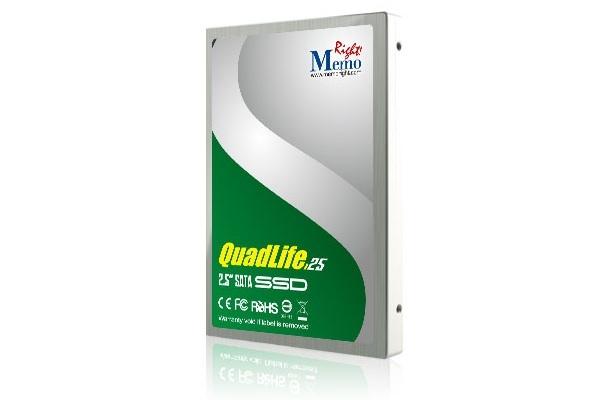 В SSD QuadLife используется флэш-память типа MLC