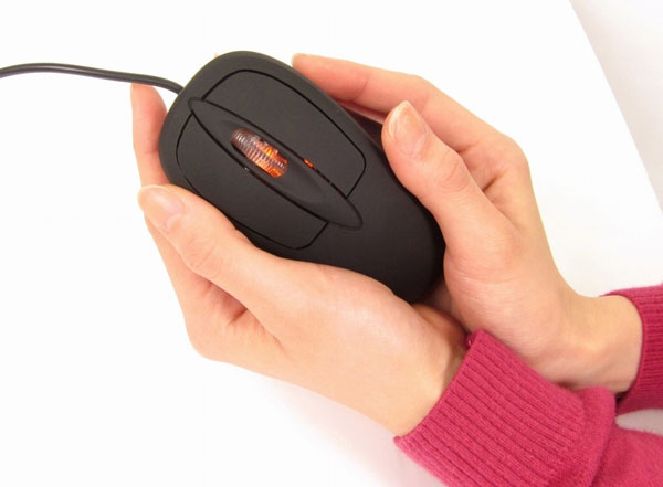 Thanko выпускает мышь с подогревом