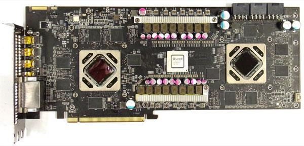 Графические процессоры 3D-карты HIS Radeon HD 7970 X2 работают на частоте 1050 МГц