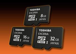 ����� �������� Toshiba EXCERIA microSDHC UHS-I ��������� 32 ��