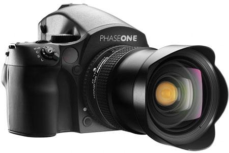 Цена камеры Phase One 645DF+ — 4290 евро или 5990 долларов, объектив Schneider Kreuznach 28mm LS f/4.5 Aspherical стоит столько же