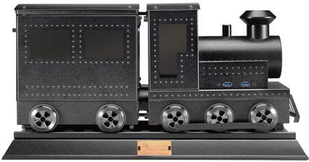 Корпус в форме паровоза Lian Li PC-CK101 пошел в серию