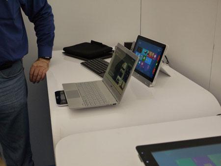IDF 2012, ���� ������: Advanced Technologies Zone, ���������� Acer Aspire S7 � NEC LaVie Z