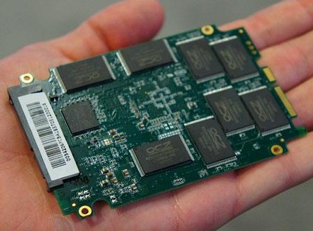 SSD OCZ Vector �� ����� ����������� Indilinx ������� �� IDF 2012