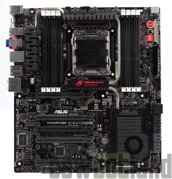 Материнская плата Asus ROG Rampage IV Extreme Black с поддержкой до 64 ГБ ОЗУ.