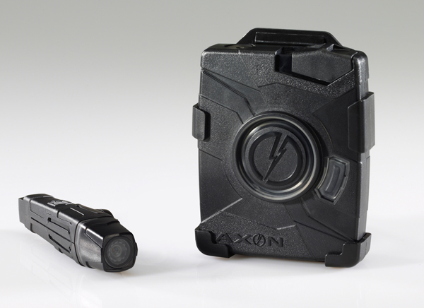 Полевое испытание камер Taser Axon Flex показало их эффективность