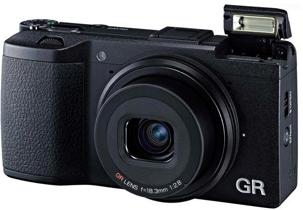 Рекомендованная производителем розничная цена камеры Ricoh GR составляет $799