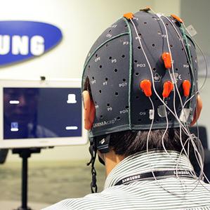 Samsung ведет разработки в области мысленного управления мобильными устройствами