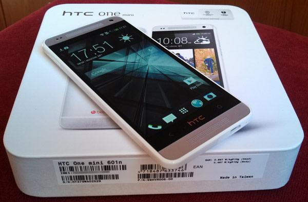 ������� ��������� HTC One mini ������ ��������������� ������� Qualcomm Snapdragon S4