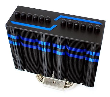Новая версия процессорного кулера Prolimatech Armageddon окрашена в черный цвет и украшена синими полосками