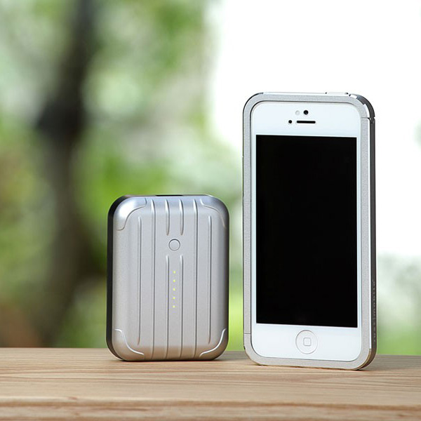 В Европе мобильный аккумулятор Just Mobile Gum++ стоит около 85 евро