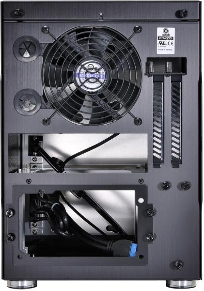 Компактный алюминиевый корпус Lian Li PC-Q33 рассчитан на установку системных плат форм-фактора Mini-ITX, Mini-DTX