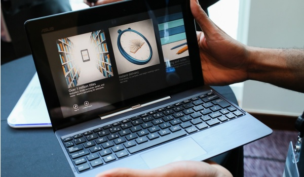 ���������� Asus T100TC � ����������� �������� Asus Transformer Book T100 � �� Android