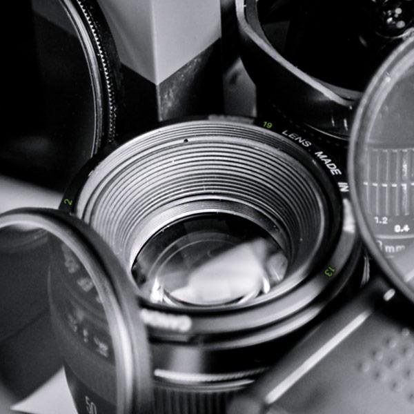 Смартфоны уже потеснили компактные камеры и готовы приняться за «зеркалки»?