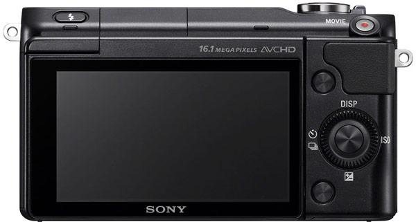 Дисплей камеры Sony NEX-3N поворачивается на 180°