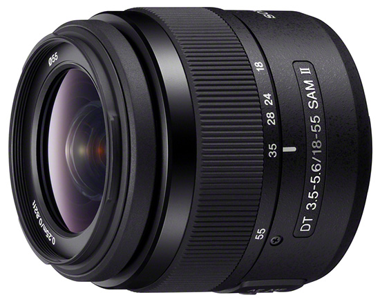 Компактный объектив Sony DT 18-55mm F3.5-5.6 SAM II рассчитан на камеры с датчиком формата APS-C