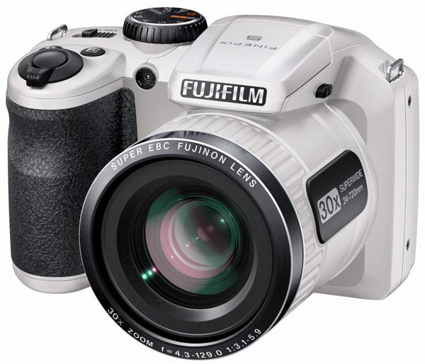 ������ Fujifilm S4600, S4700 � S4800 �������� � ������, ����� � ������� �����