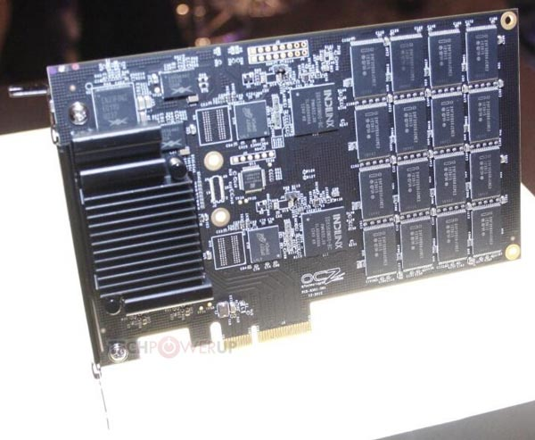 OCZ �������� �� CES 2013 ������������� ���������� Vector � ���� ����� ���������� PCI Express