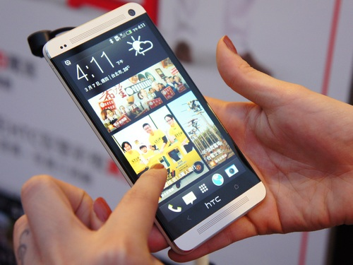 � Macquarie Securities ������� ������� ������ HTC One �� 40% � ������� ��������