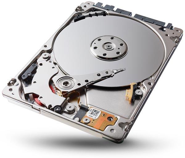 Seagate оснащает жесткие диски толщиной 5 мм стандартными разъемами SATA