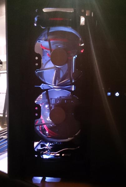 Конструкторы Corsair разделили корпус для ПК на охлаждаемую и неохлаждаемую зоны