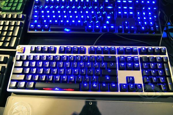 Все три варианта клавиатуры Ducky Shine 3 оснащены светодиодной подсветкой