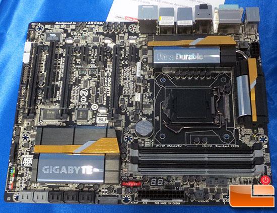 ������� ��������� ���� Gigabyte Z87X-UD4H � Z87X-UD5H ������ ������ Intel Z87 Express