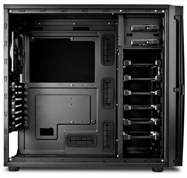 Корпус для ПК Antec P100 рассчитан на системные платы типоразмера Mini-ITX, microATX и ATX