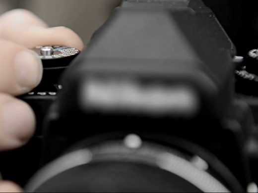 Новая камера Nikon внешне напоминает популярный пленочный аппарат Nikon FM2