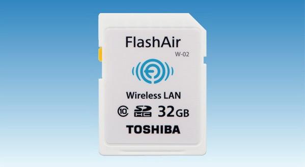 В картах памяти Toshiba FlashAir с поддержкой беспроводных локальных сетей появился новый режим «Сквозное подключение к Интернету»