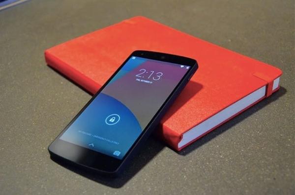 Nexus 4 � 512 �� ����������� ������