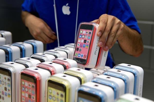 Apple тоже собирается выпустить смартфон с изогнутым экраном