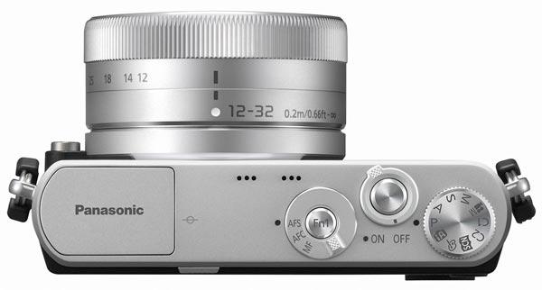 В комплекте с объективом 12-32mm F3.5-5.6 Lumix G Vario камера Panasonic Lumix DMC-GM1 стоит $750