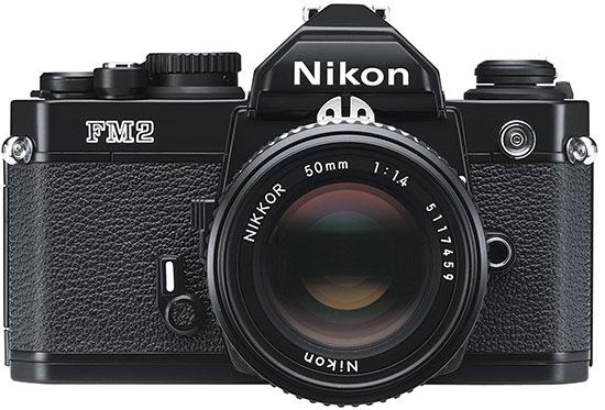 Внешне камера будет напоминать популярный пленочный аппарат Nikon FM2