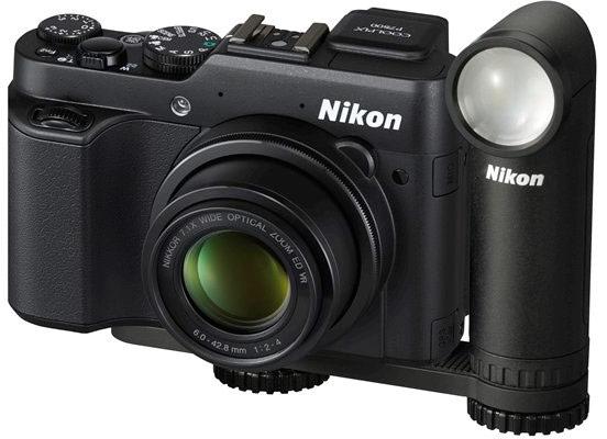 Компания Nikon оценила светодиодный фонарик LD-1000 в $97