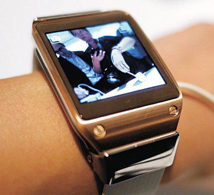 Часы Samsung Galaxy Gear 2 могут быть представлены на выставке CES в январе 2014 года