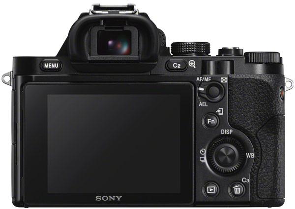 В беззеркальной камере Sony α7S используется полнокадровый датчик Exmor CMOS разрешением 12,2 Мп