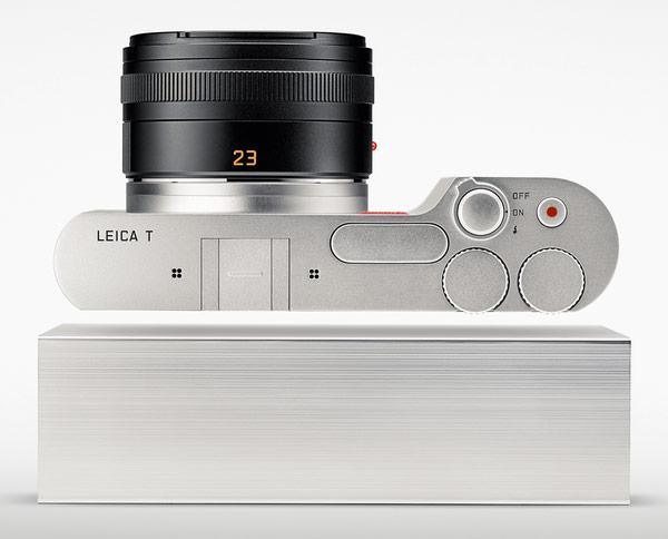 Фотосистему Leica T-System открыла беззеркальная камера Leica T (Typ 701) и два объектива