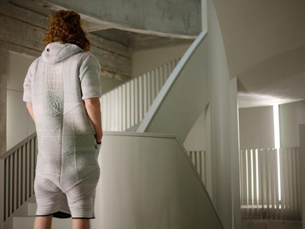 Модельер Борр Аккерсдейк (Borre Akkersdijk) создал экспериментальный «костюм» под названием BB.Suit