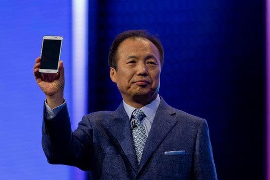 ���������� ��������� Samsung ���� ������ ���������� Galaxy Alpha � Samsung Galaxy Note 4