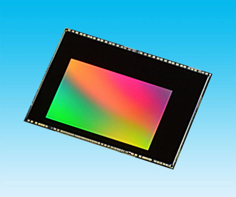 ������ ����������� Toshiba T4K82 ���� CMOS � �������� ��������� ����� ���������� 13 ��