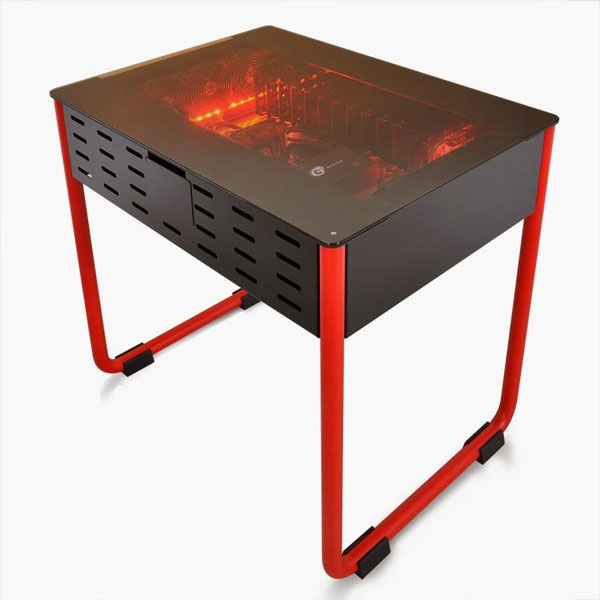 В корпусе Lian Li DK01 достаточно места для системной платы типоразмера ATX, EATX, XL-ATX и даже HPTX (345 х 381 мм)