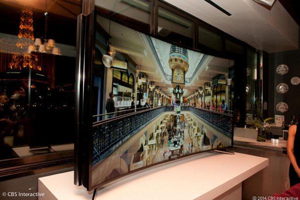 Гибкий телевизор Samsung имеет разрешение 4K