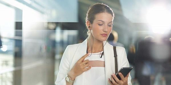 ������������ ��������������� Sony SBH80 �������� ������ Bluetooth � NFC
