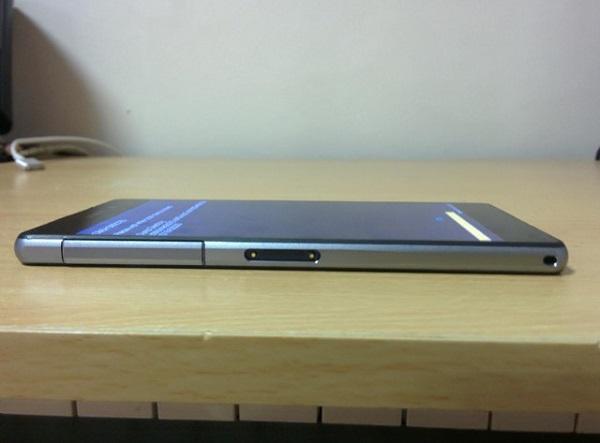 Устройство Sony D6503 может оказаться преемником устройства Sony Xperia ZL или Sony Xperia Z1